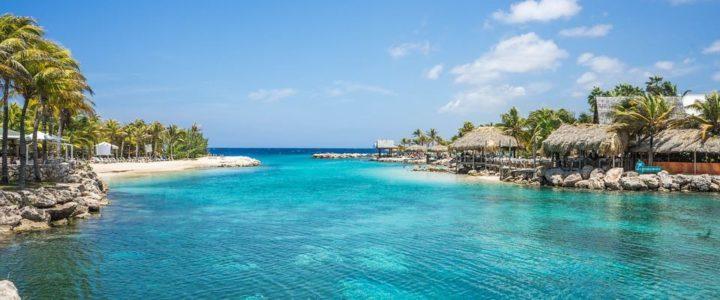 Quelle est la différence entre les Grandes Antilles et les Petites Antilles ?
