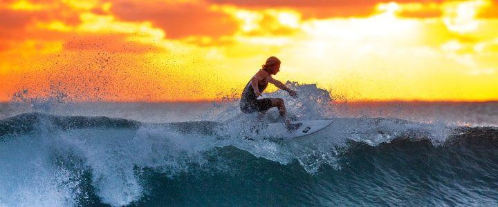 Surf en Bretagne : les meilleurs spots pour les débutants