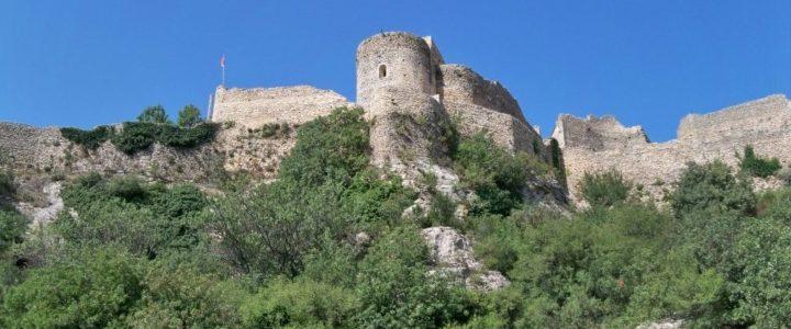 La forteresse de Mornas