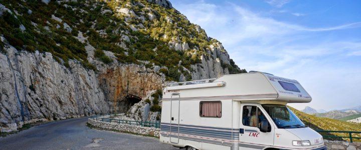 Acheter un camping-car d'occasion : ce qu'il faut vérifier avant la négociation