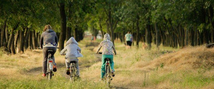 Des vacances en vélo électrique cette année. Très tentantes, non ?
